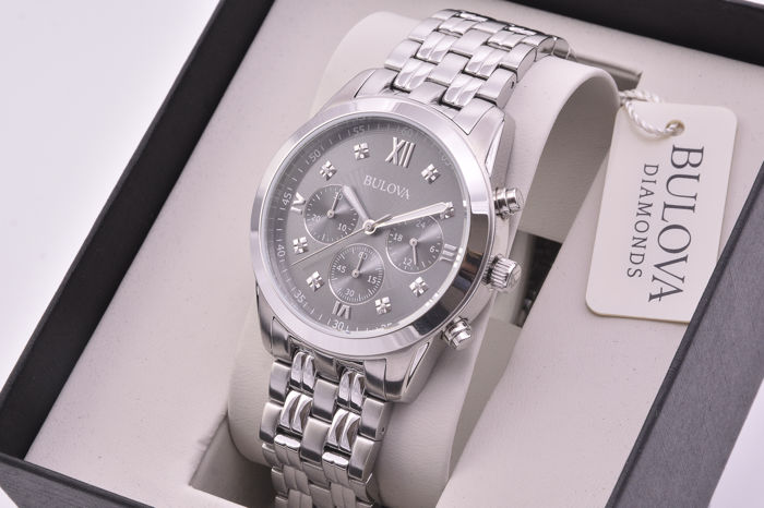 Bulova Diamonds - men's chronograph - stainless steel case and bracelet - diamonds set on the dial