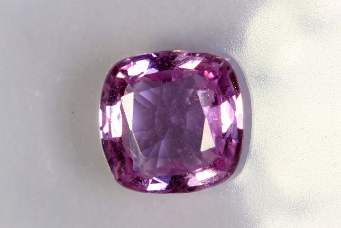 Pink Sapphire - 0.98 ct
