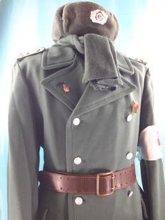 Germany - Original Winter Overcoat of the German Army - NVA, Lether Belt