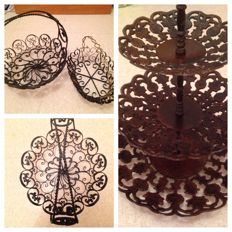 Lovely set of wrought iron decoration objects