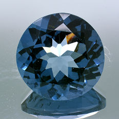 London Blue Topaz - 5.76 ct - No reserve price