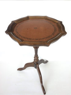 Wooden wine table in Regency style with green leather table top, second half of 20th century