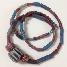 Ancient islamic excavation glass beads with 7-layer chevron - ca. 64 cm