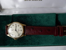 Rolex - triple signed Gents swiss wrist watch. case made in birmingham I1948 - 49 y {ref no 140}