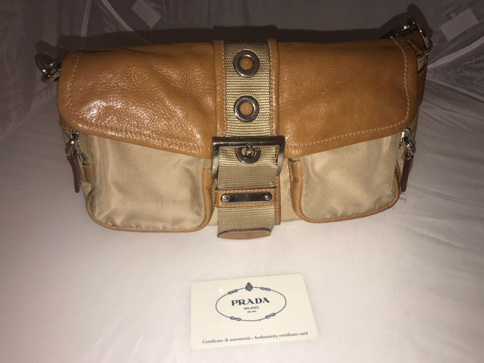 Prada - Borsa a spalla - *No Minimum Price*