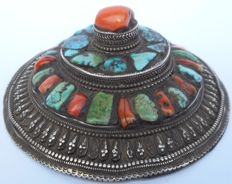 Silver headdress with inlaid stones. silver 950% - Tibet - 1900-1940