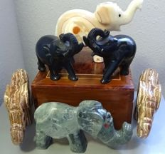 Herd of elephants carved in agate, aragonite and obsidian - 5.140 kg (6)