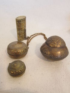 Lot of four betel nut jars - Sumatra - Indonesia - late-nineteenth century