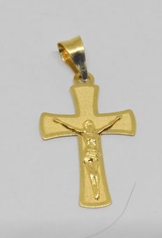 18 kt yellow gold cross with Christ pendant