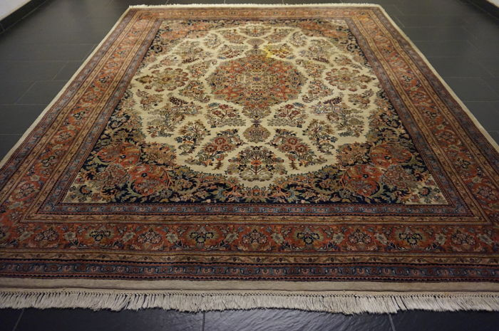 Oriental carpet Indo Nain 260 x 305cm made in India at the end of last century