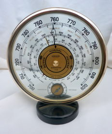 Jaeger le Coultre- vintage barometer golded ring bakelite and bevelled glass, ca 1950, France,
