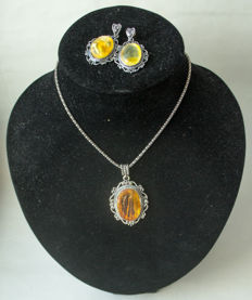Set of natural Baltic Amber necklace with pendant and earrings natural butterscotch, caramel/egg yolk Amber