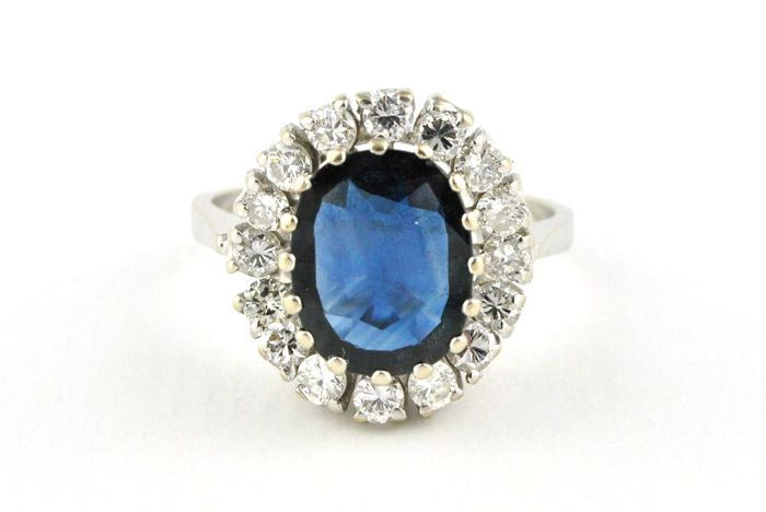 Superb Sapphire (+/- 2.50ct) & Diamonds (+/-1.30ct G/VS2-SI1) set on 18k White Gold Ring **FREE & FAST SHIPPING**