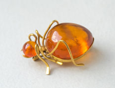 "Vintage Baltic Amber gold plated brooch ""Spider"" with cognac colour Amber"