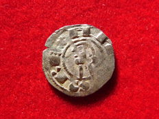 Spain – Alfonso I of Aragon (1104-1134). Billon dinero (0.82 g, 18 mm) coined in the mint of Toledo.