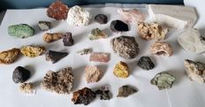 Collection of minerals - 20 to 170 mm - 6 kg (31)