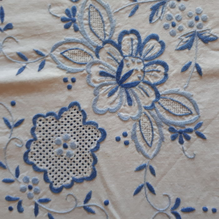 Tablecloth with blue handmade embroidery