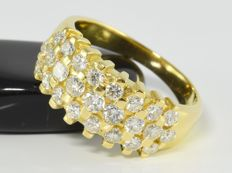 1.11 ct diamond ring in 18 kt gold - Size 52 / 16.5 mm ** no reserve **