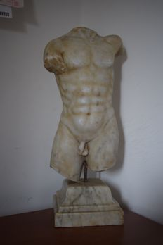Marble torso from the 20th century - late 1800/ early 1900