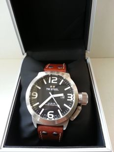 TW Steel – Men's wristwatch