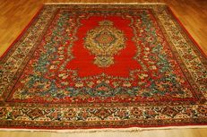 Genuine Persian carpet, Qom