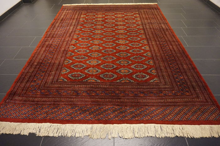 Handwoven Persian carpet Yomut Bukhara patina silk-shine 250 x 330cm