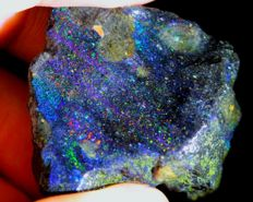 Rainbow Color Play Black Matrix Rough Opal - 36 x 33 x 18 mm - 108 ct