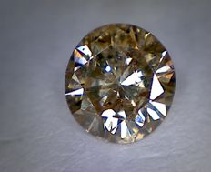 Diamond – 0.76 ct – Round cut – Intense brown – I1
