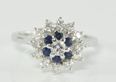 0.58 ct diamond and 0.36 ct sapphire ring in 18 kt white gold - Size 53.4 / 17 mm