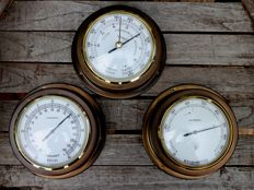 Inproco weather station, on-wall barometer, thermometer and hygrometer.
