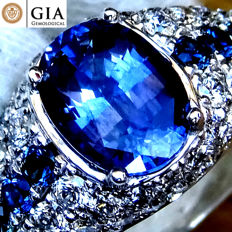Sapphire Cocktail Ring Diamond And 18 kt Gold Natural Purple Blue Untreated Color Change Gemstone 3.41 ct - Size 6.5 - GIA Certified - No Reserve