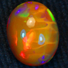 Beautiful Solid Semi black Welo opal - 10.00 x 8.00 x 5.13 mm - 2.00 ct