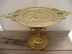 Antique dish on a foot, biscuit plate in Bronze decorated with cherubs 19th century