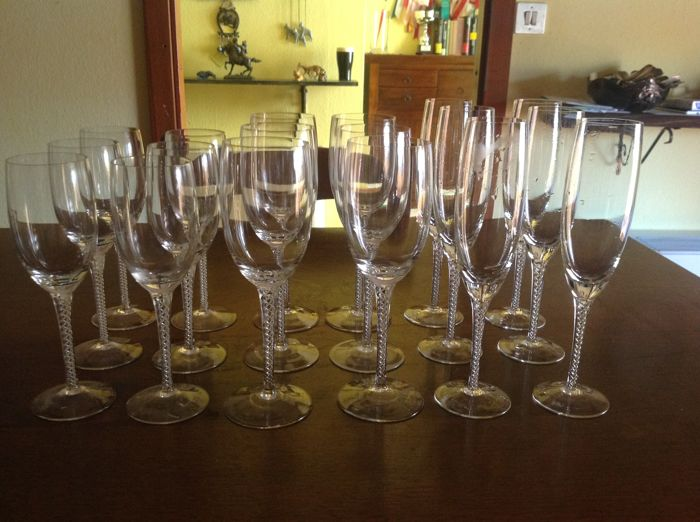 Set of crystal glasses, 'Resorzas Sarda'