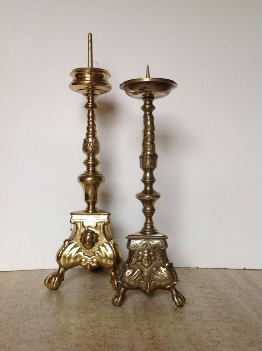 Two altar candlesticks of brass - Belgium - early 20th century - 44 cm & 37 cm