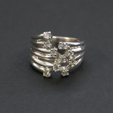 White gold modern diamond designer ring, 14 kt with 0.60 ct - Ring size 16.95 mm