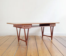 E.W. Bach for Møbelfabrikken Toften - vintage mid-century modern teak coffee table