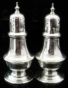 Pair Silver Pepper Pots, Chester 1918, Stokes & Ireland Ltd