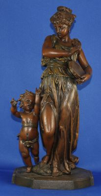 Classic zamak sculpture, female figure with tambourine and chld/putto - not clearly signed (possible F. Prova) - France/Italy - approx. 1880.