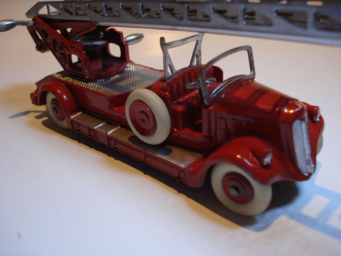 dinky toys france scale 1 48 delahaye auto chelle de pompiers catawiki. Black Bedroom Furniture Sets. Home Design Ideas