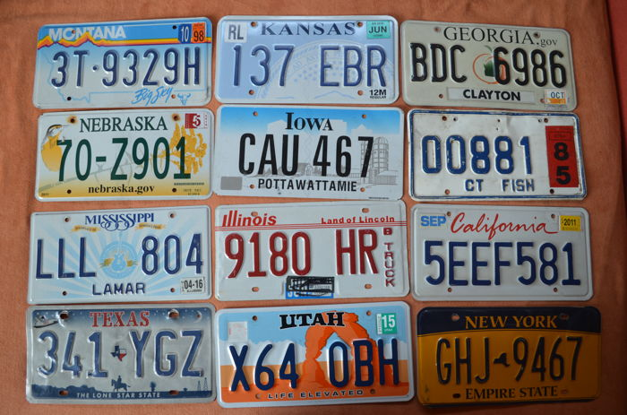 License plates USA - 12 pieces (incl. Connecticut (RARE))