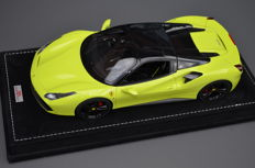 MR Models - Scale 1/18 - Ferrari 488 Hardtop - Signal Green - Special Limited Edition 10 pcs