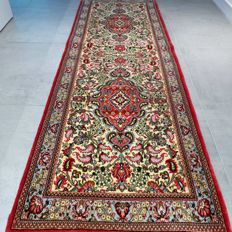 Superior Ghom Persian runner - 206 x 71 - Very good condition - With certificate