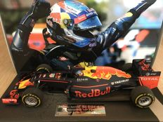 Minichamps-Resin - Scale 1/18 - Red Bull Racing RB12 - 1st F1 Win Spain 2016 - Max Verstappen