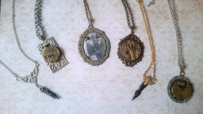 Ten pieces Steampunk ornaments / jewels, handmade and not worn.