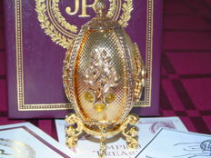 Jewellery box with a pendant shaped like an Egg, by Joan Rivers in Faberge style.