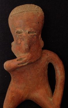 Pre-Columbian Nayarit seated figure holding a hand to his mouth - Mexico - 16 cm