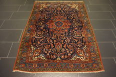 Old Persian carpet Malayer Sarough 140 x 190 cm natural colours Made in Iran