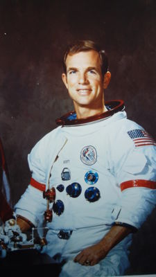 David Scott (Apollo 15): the superdia and photo