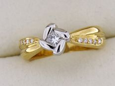 Ring in bi-colour GOLD 18 kt and diamonds - ring size: 53